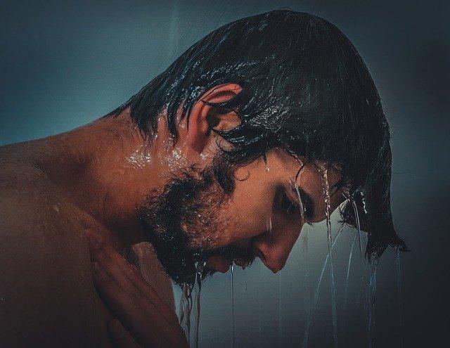 Colonne doccia: come scegliere il modello più adatto al proprio bagno