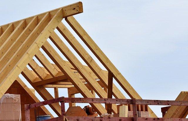 Consigli sulle coperture in legno per interni ed esterni