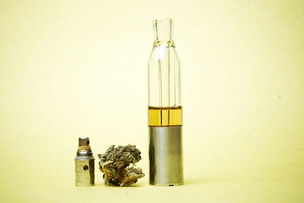 CBD Liquido e Liquidi sigaretta elettronica cbd